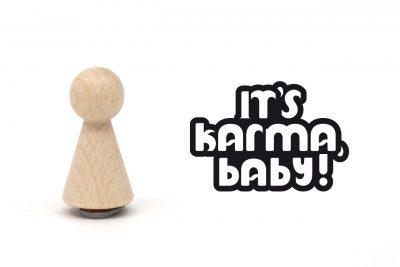 misuki-stempel-its-karma-baby